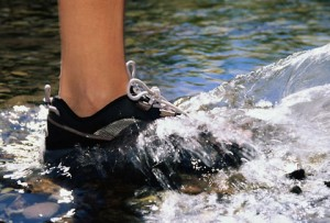 foot_in_water_4801